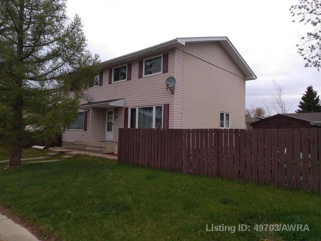 Real Estate Listing MLS 49703