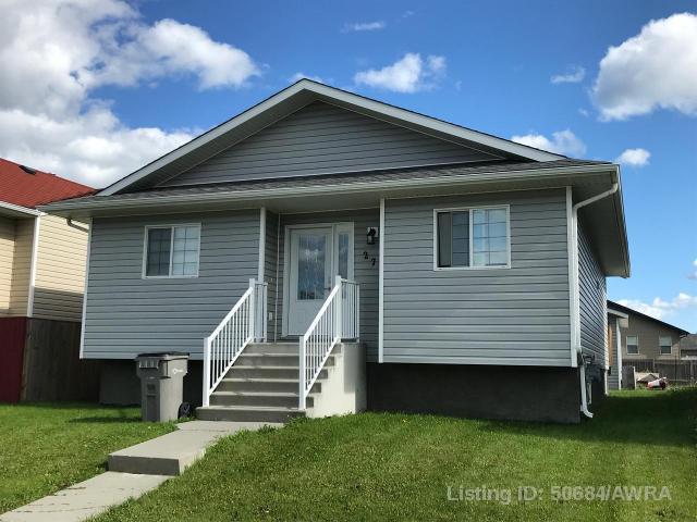 Real Estate Listing MLS 50684