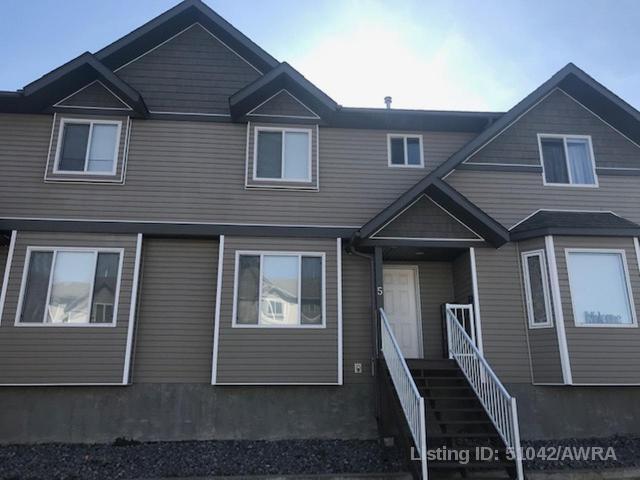 Real Estate Listing MLS 51042