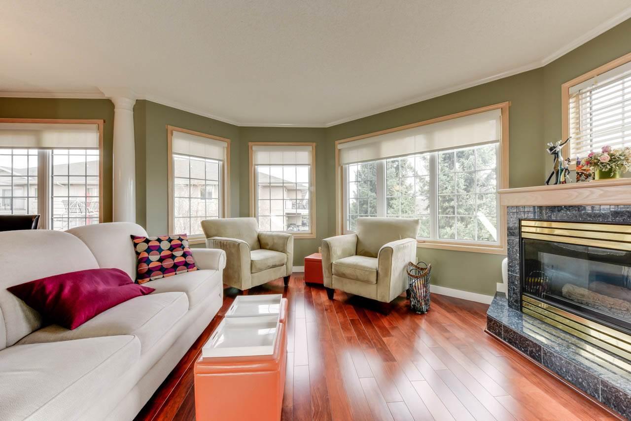 Real Estate Listing MLS E4147200