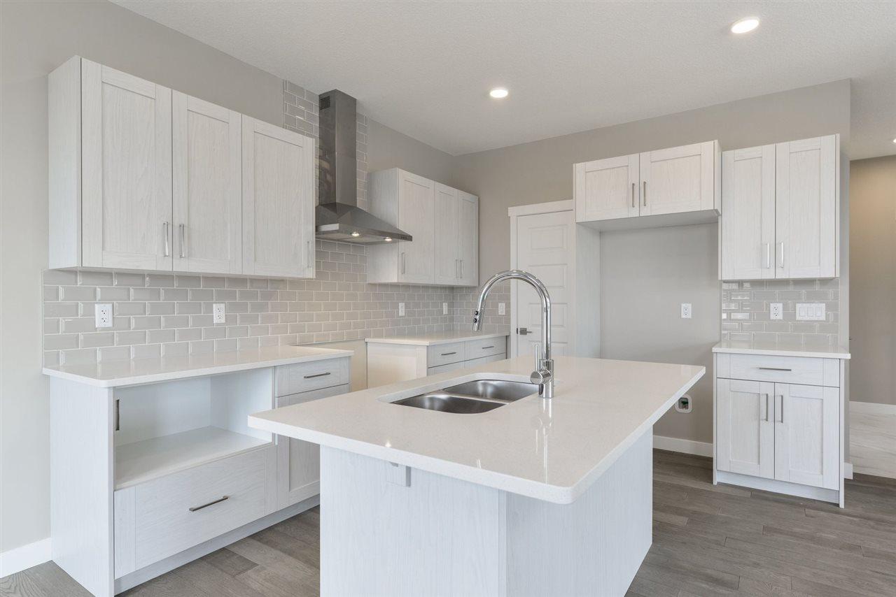 Real Estate Listing MLS E4150087