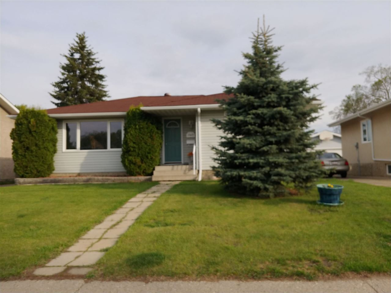 Real Estate Listing MLS E4154442