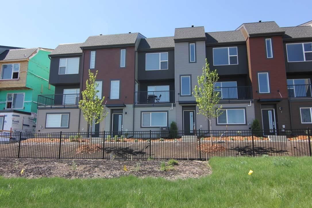 Real Estate Listing MLS E4156252