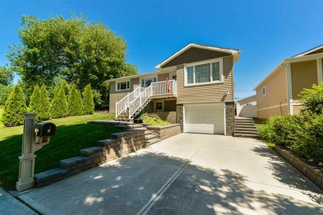Real Estate Listing MLS E4160781