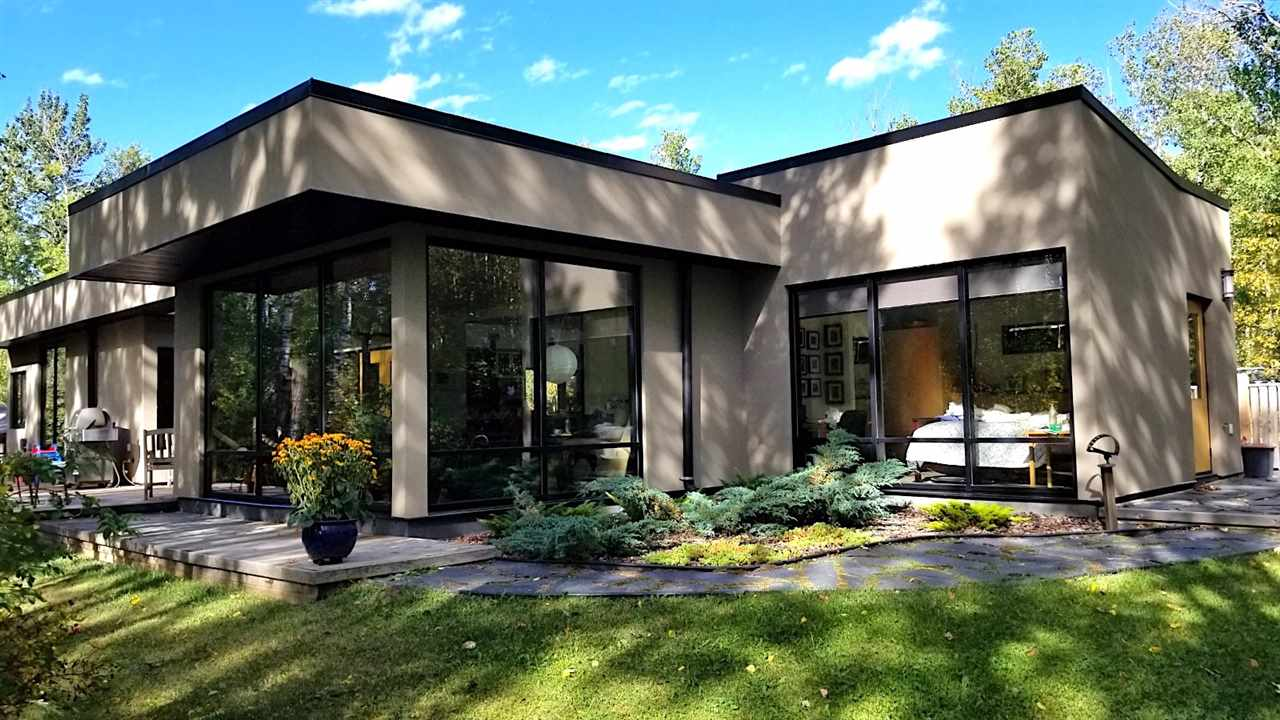 Real Estate Listing MLS E4161412