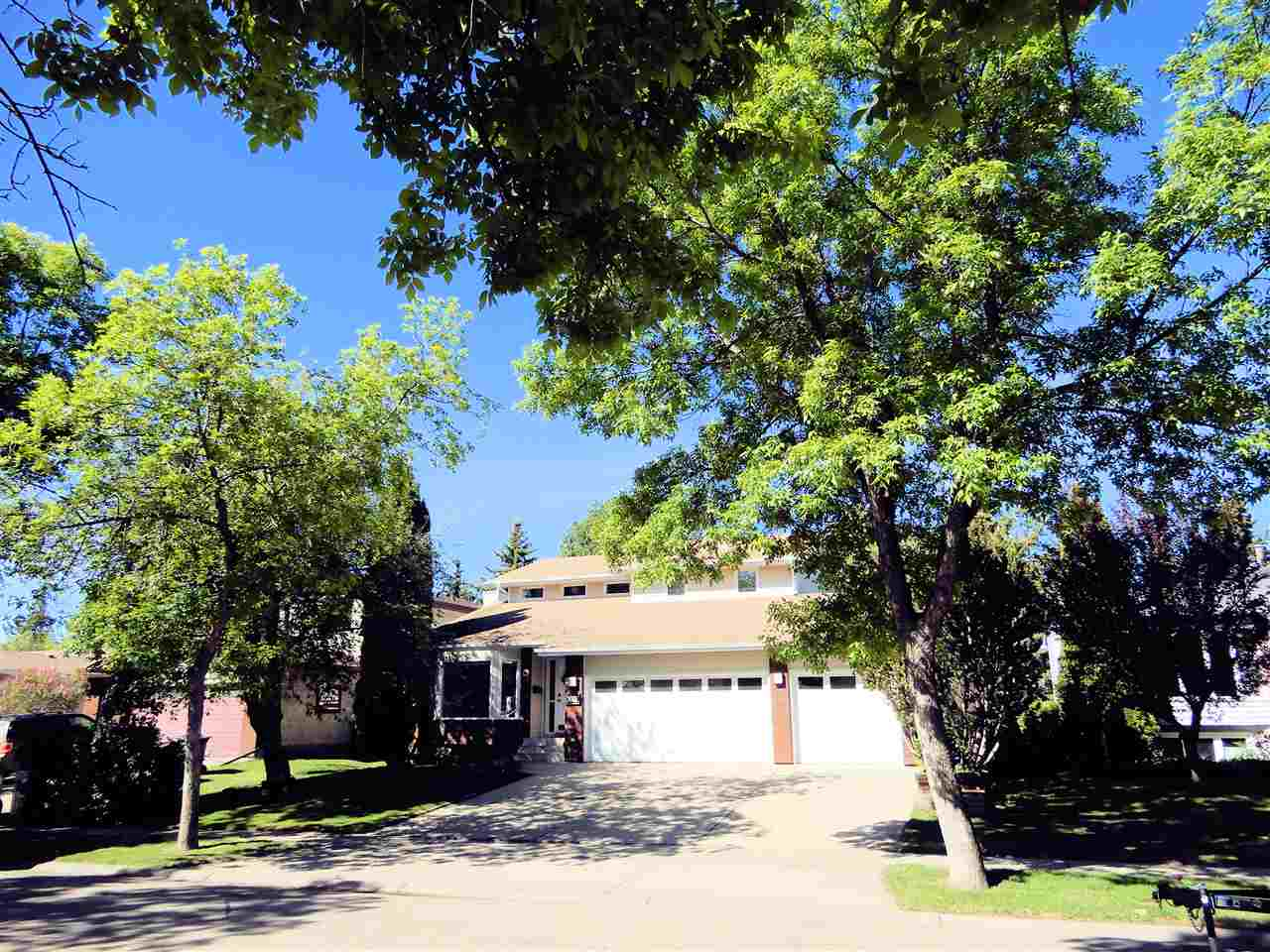 Real Estate Listing MLS E4161480