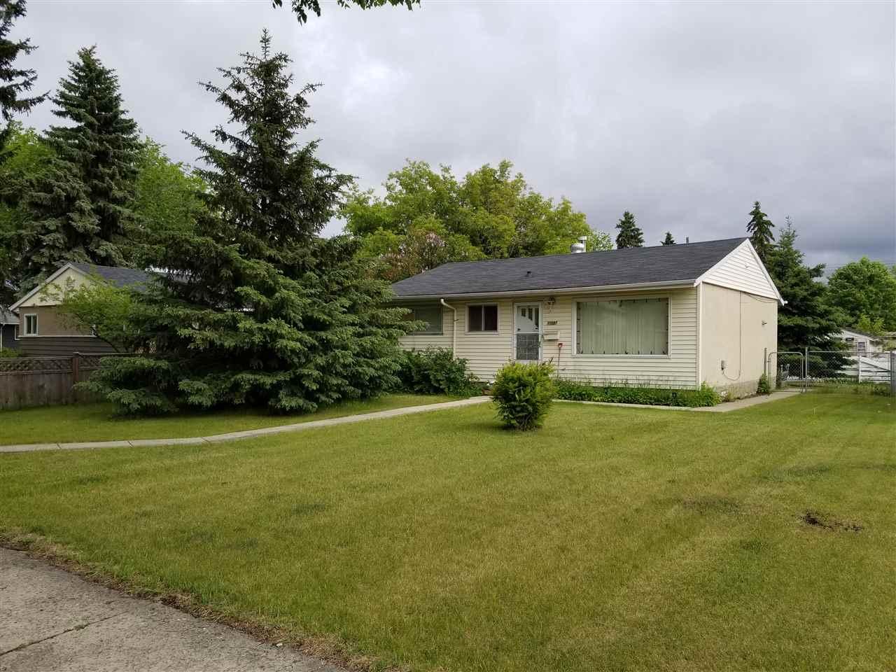 Real Estate Listing MLS E4162847