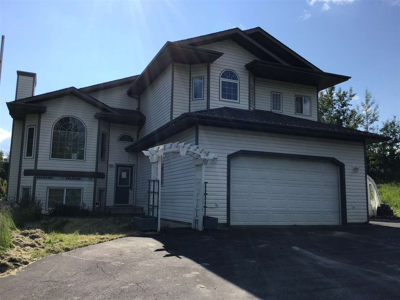 Real Estate Listing MLS E4163390