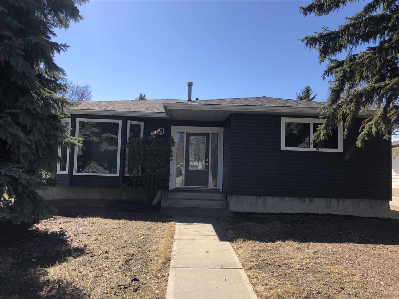 Detached Single Family Bungalow for Sale, MLS® # E4164082