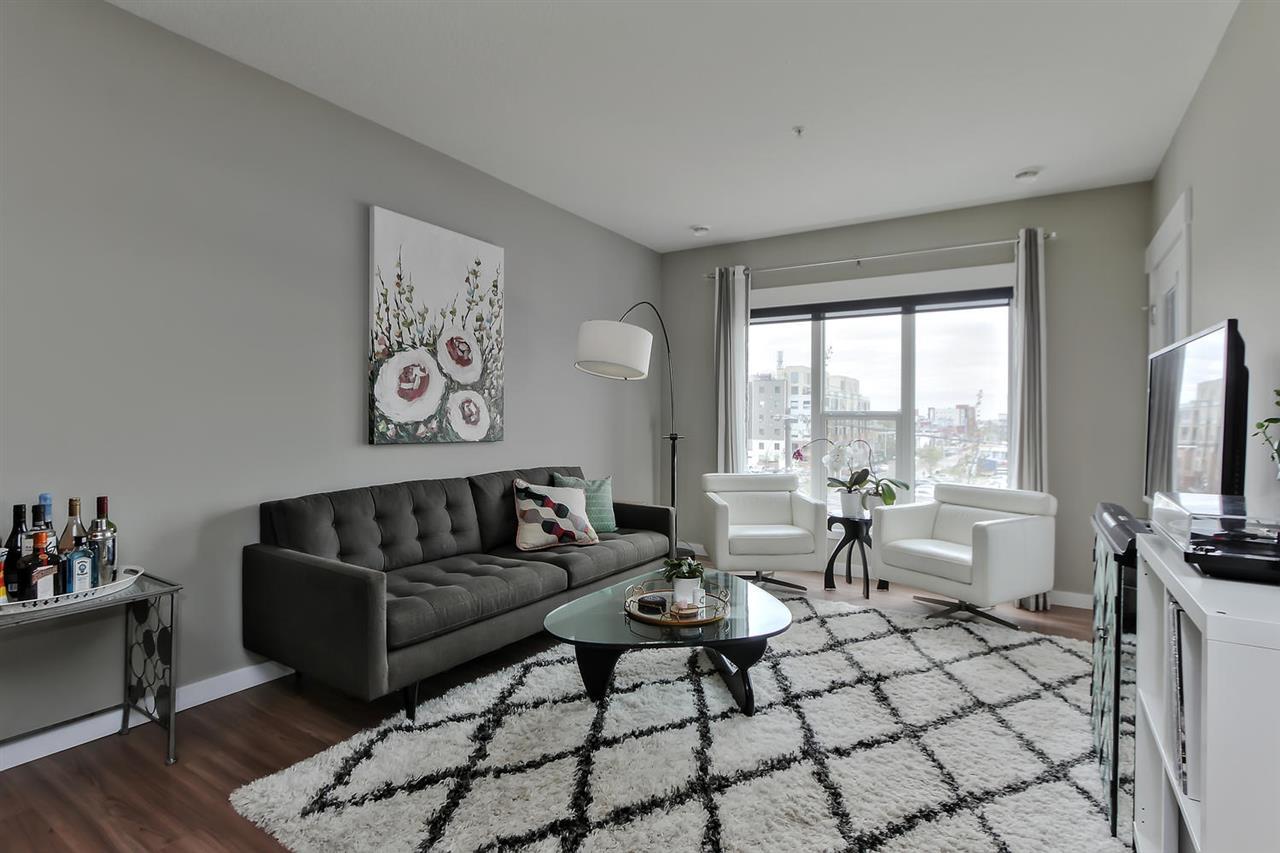 Real Estate Listing MLS E4165627