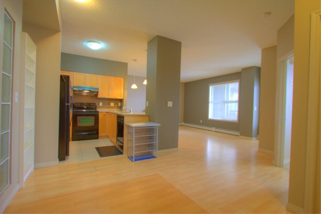 Multi Level Low Rise Condominium for Sale, MLS® # E4165654