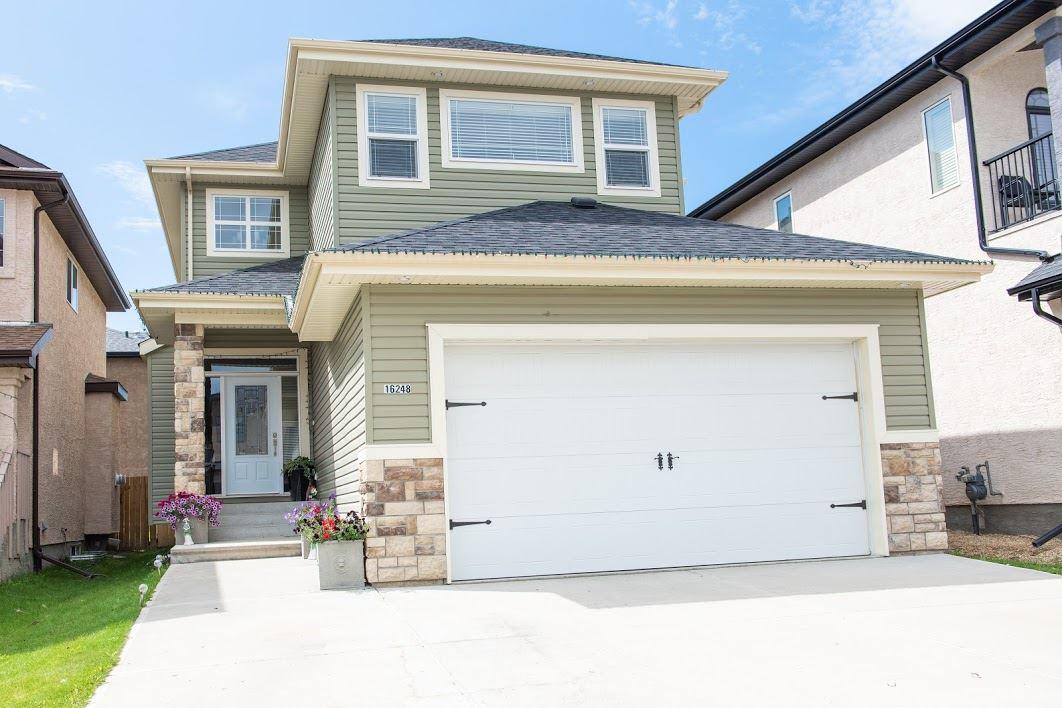 Real Estate Listing MLS E4167549