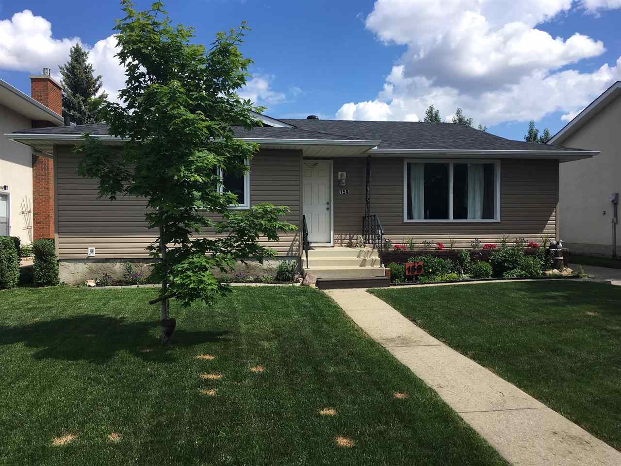Real Estate Listing MLS E4169110