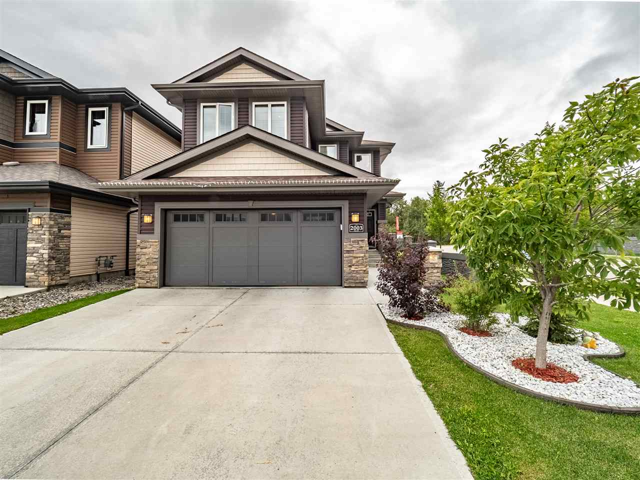 Real Estate Listing MLS E4169169