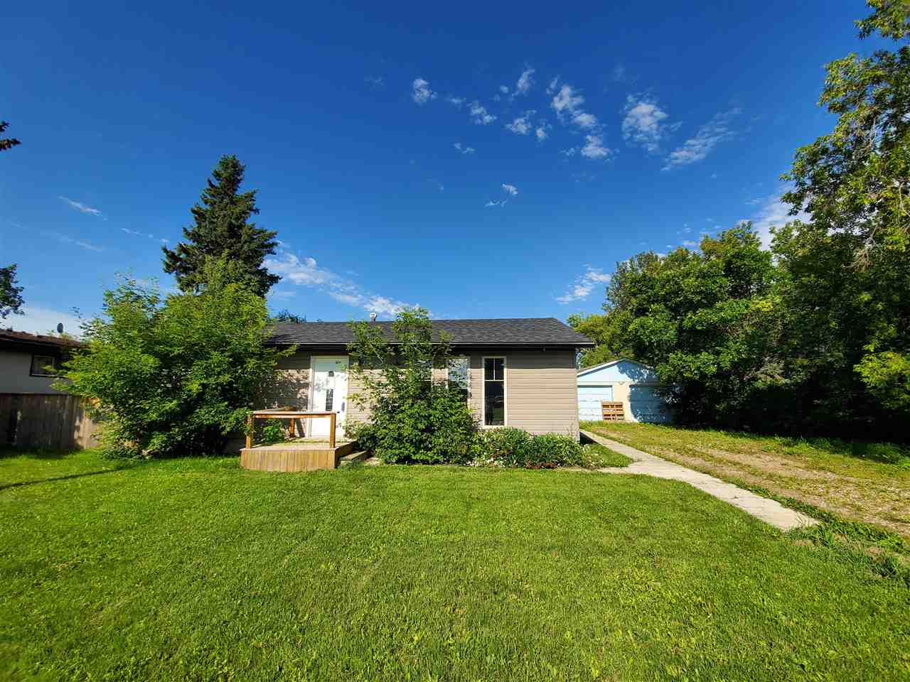 Real Estate Listing MLS E4169297