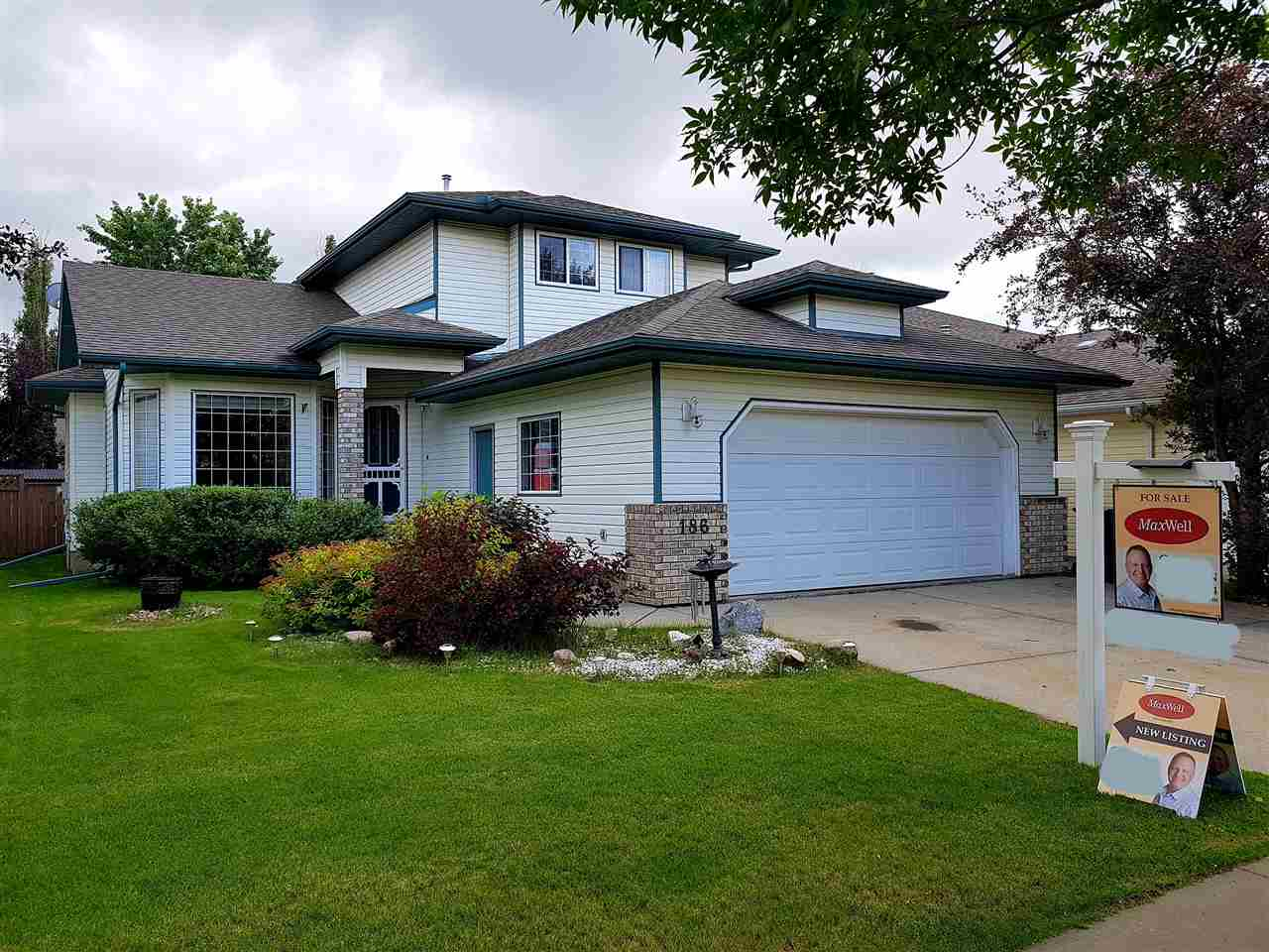 Real Estate Listing MLS E4170726