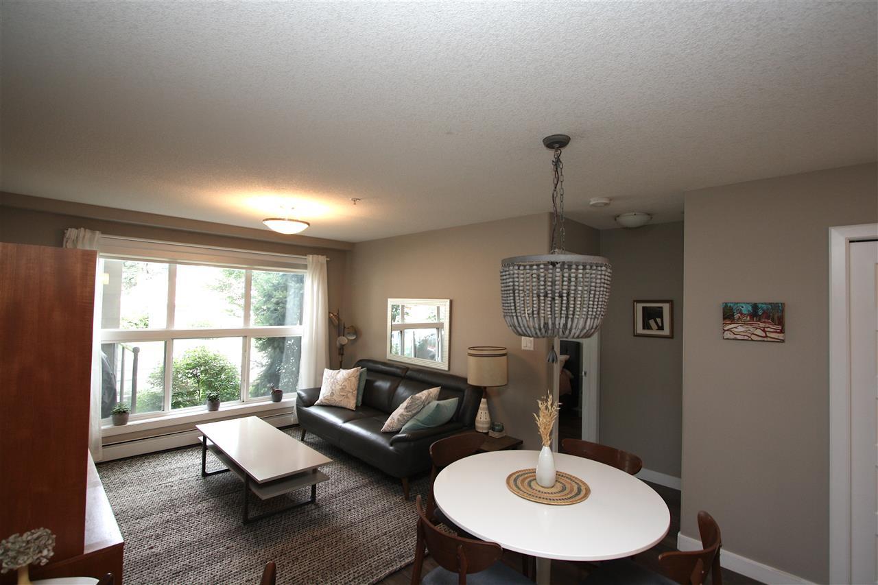 Real Estate Listing MLS E4171019