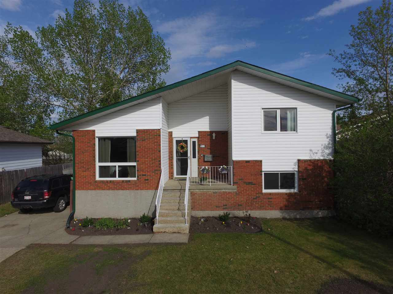 Real Estate Listing MLS E4171194