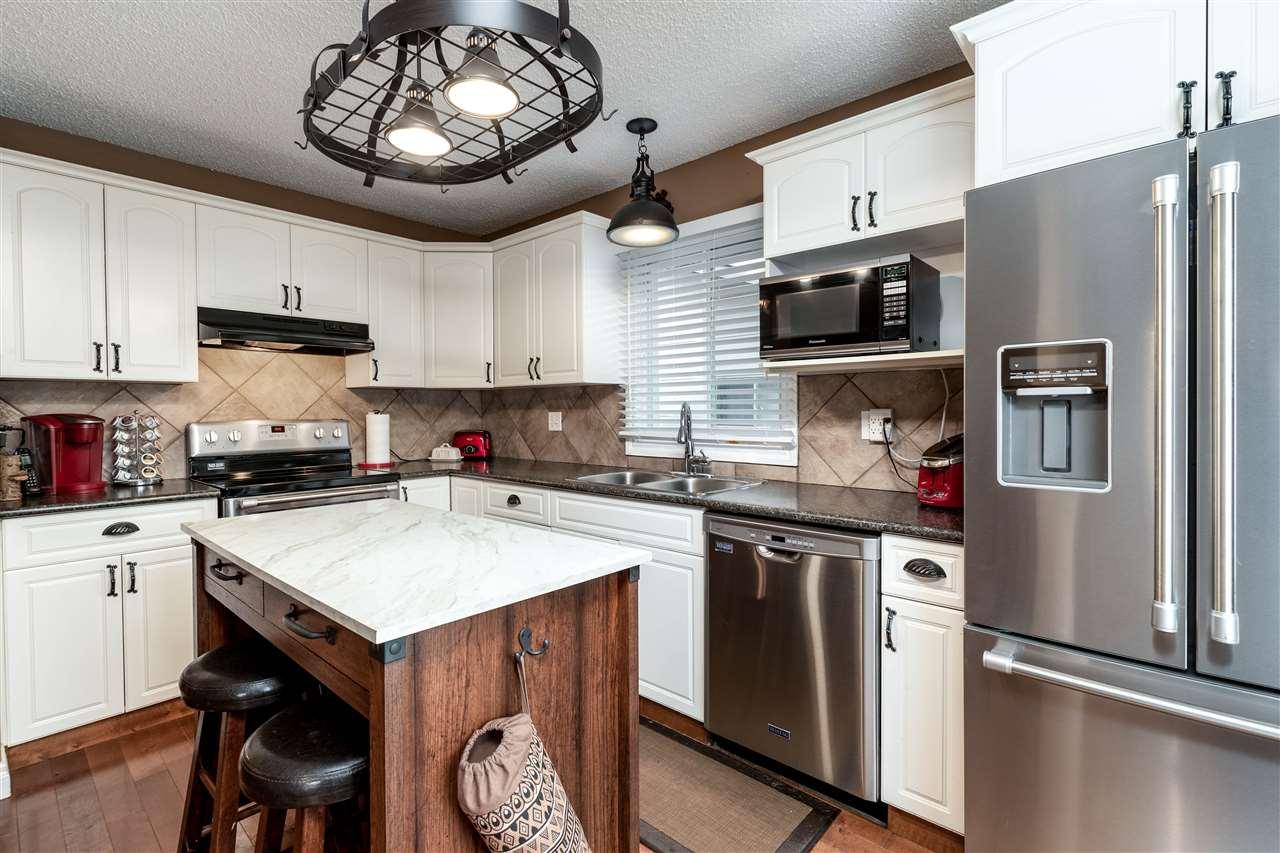 Real Estate Listing MLS E4178628
