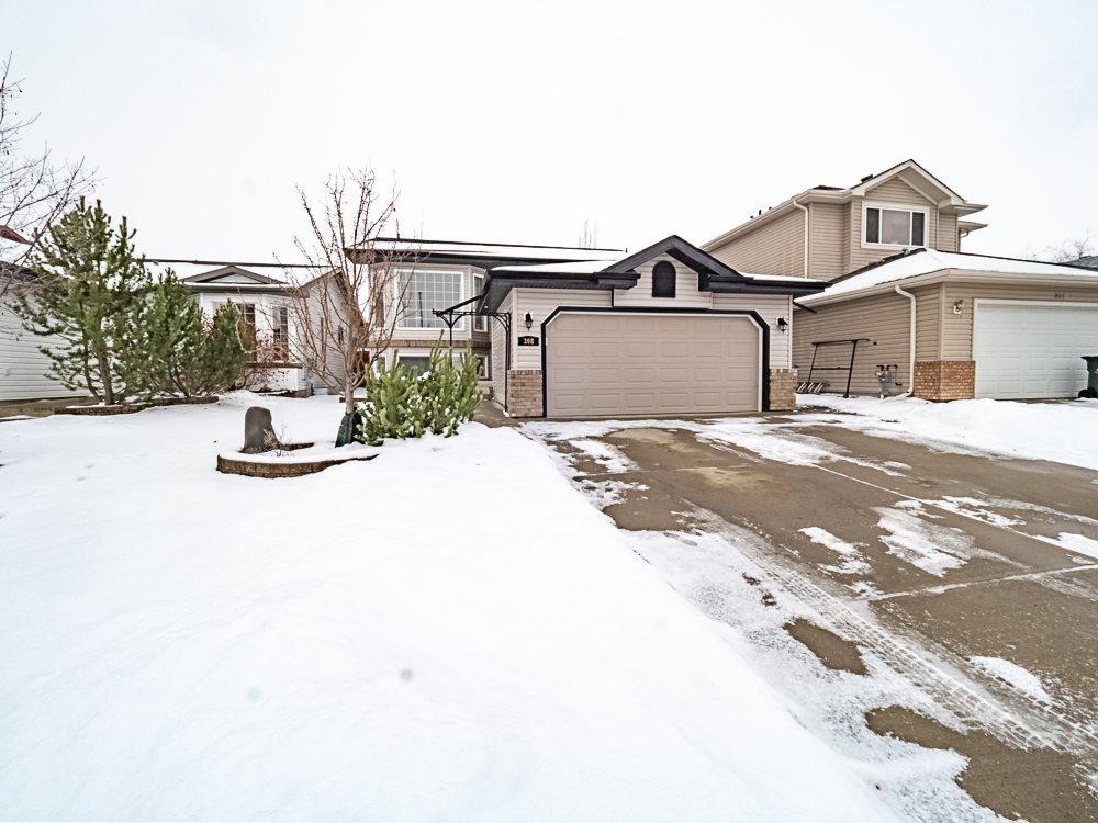 Real Estate Listing MLS E4179931