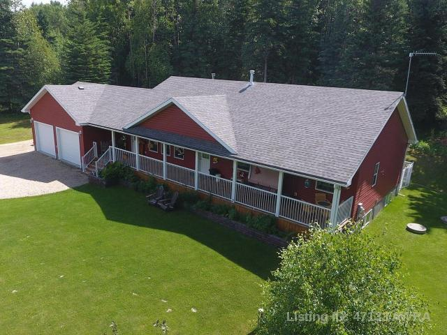 L 38 115061 Township Rd 583, 3 bed, 2 bath, at $549,000