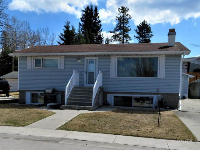 113 Wapituk Drive, 4 bed, 2 bath, at $329,900