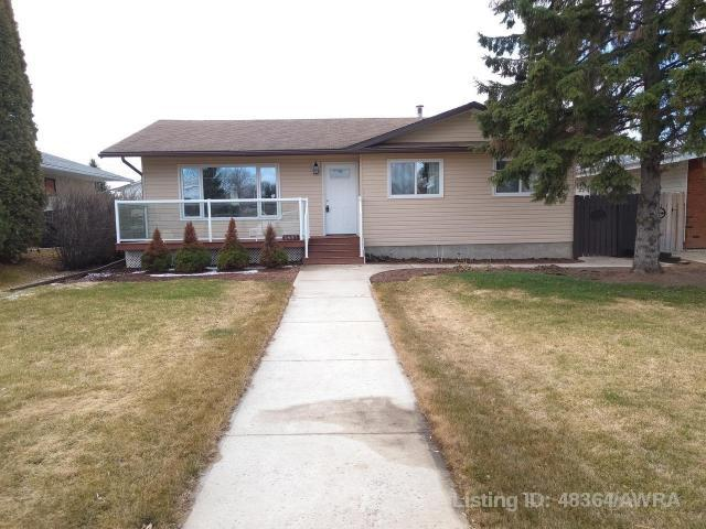 5417 56 Avenue, 4 bed, 1 bath, at $272,000