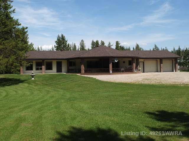 2 590063 Range Rd 113 A, 4 bed, 3 bath, at $849,900