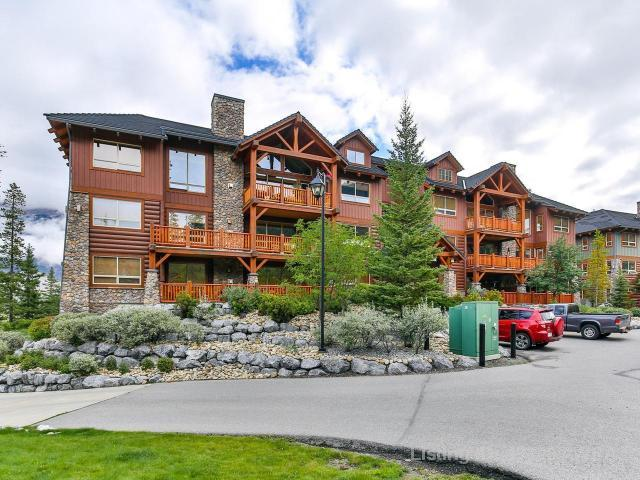 104 Armstrong Place 212, 1 bed, 2 bath, at $539,000