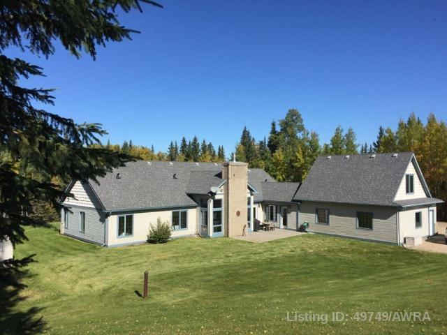 593037 Range Rd 122 17, 3 bed, 3 bath, at $589,900