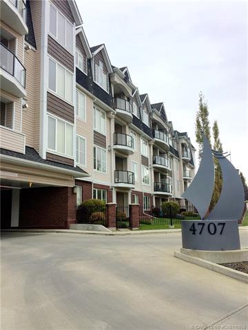 4707 50 Street, 2 bed, 2 bath, at $298,000