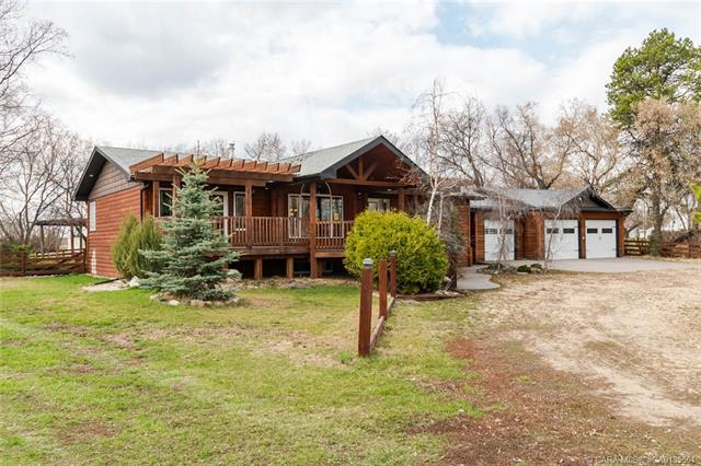 422044 Range Road 262, 4 bed, 3 bath, at $478,000