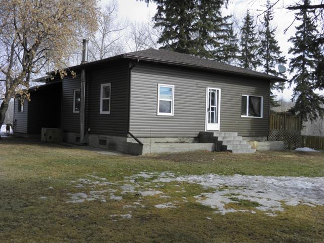 21012 Township Road 421, 4 bed, 2 bath, at $324,900