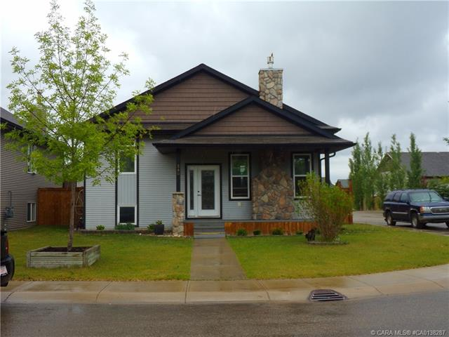 280 Wiley Crescent, 3 bed, 3 bath, at $329,500