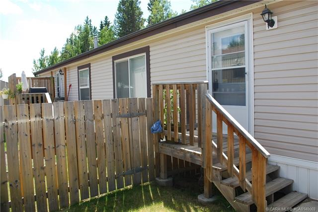 5311 60 Street, 3 bed, 2 bath, at $94,900