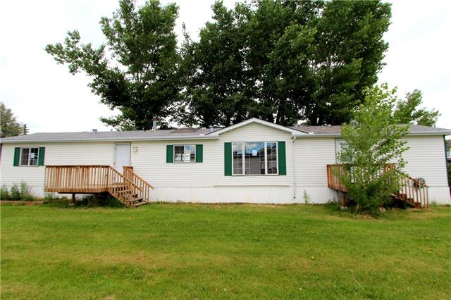 4402 48 Avenue, 3 bed, 2 bath, at $69,000