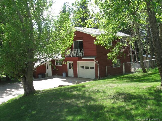 39228 Range Road 273, 5 bed, 2 bath, at $599,900