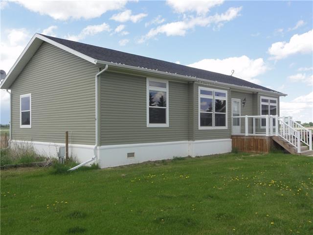 26508 Township Road 402, 3 bed, 3 bath, at $454,900