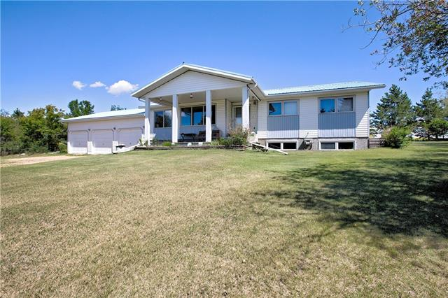 27171 Township Road 402, 3 bed, 3 bath, at $775,000