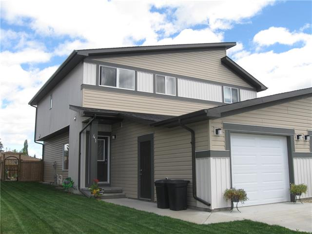 41 Greenhouse Place, 2 bed, 3 bath, at $304,900