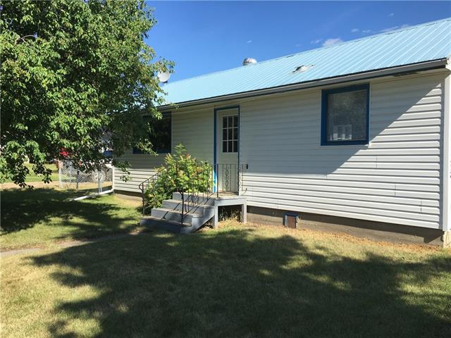 4828 52 Avenue, 2 bed, 1 bath, at $169,900