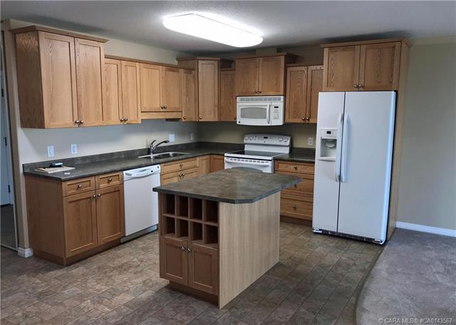 4520 45 A Street Close, 2 bed, 2 bath, at $179,900