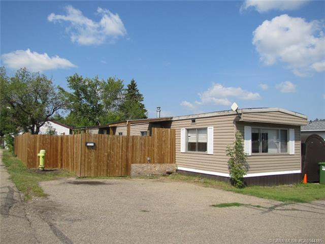 6834 59 Avenue, 3 bed, 1 bath, at $28,000