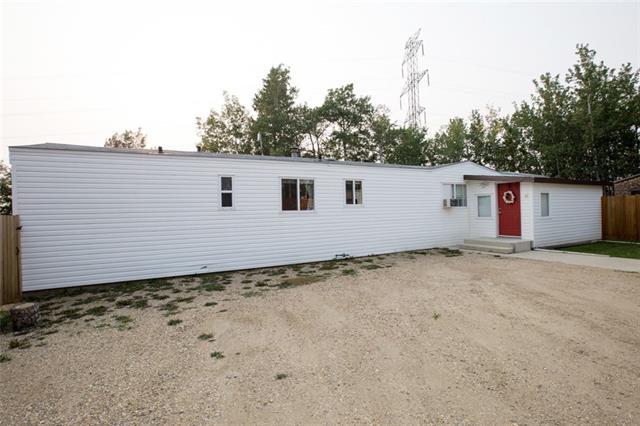 41512 Range Road 255, 3 bed, 2 bath, at $289,000