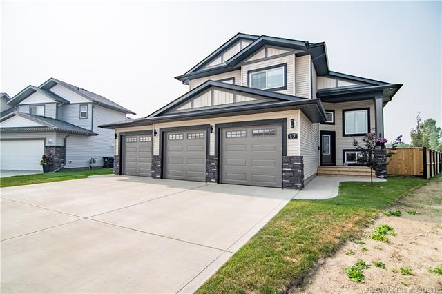 17 Aztec Crescent, 5 bed, 3 bath, at $524,900