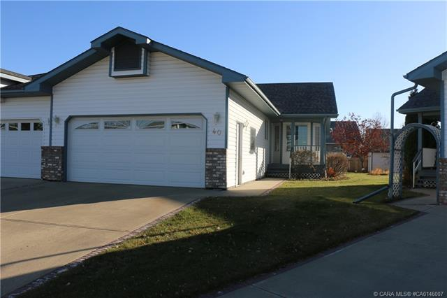 40 Rowell Close, 3 bed, 3 bath, at $349,900