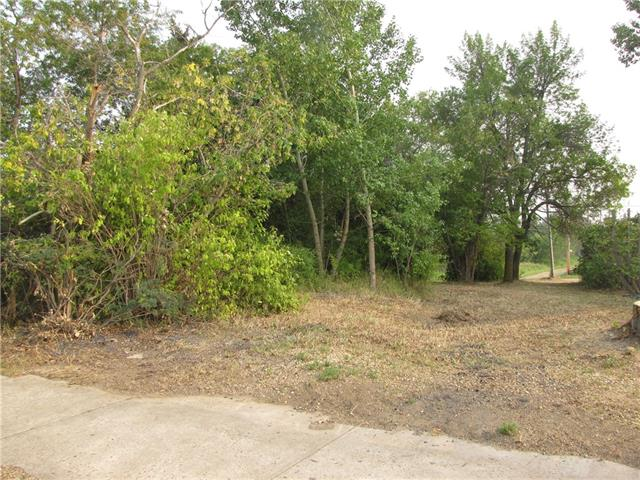 5113 50 Avenue, at $13,250