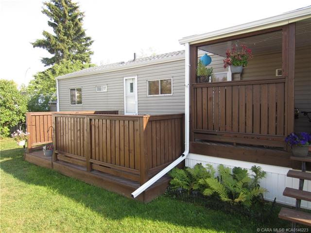 6834 59 Avenue, 2 bed, 1 bath, at $36,900