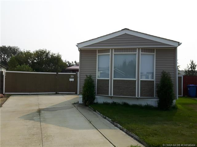 39 Phelan Close, 3 bed, 2 bath, at $199,900