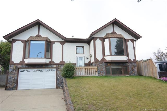 19 Goodacre Close, 4 bed, 3 bath, at $239,900